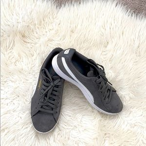 Puma sneakers gray Size 6
